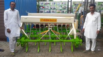 Seed Drill 03