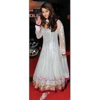Aishwarya in White Mashkali Suit
