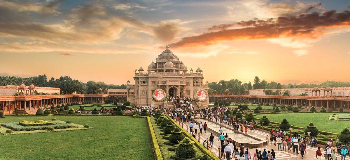 Varanasi Tour Travels Budget Hotel Booking Suv Car On Rent Tour