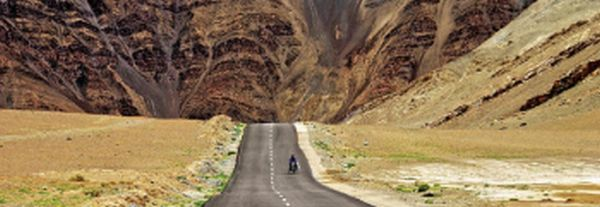A Tour Guide for Motorcycle Trip to Ladakh