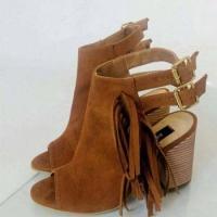 Footwear 07