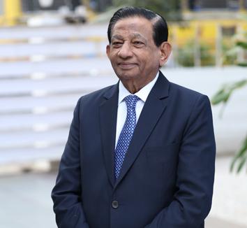 Mr. Vamanrai Parekh (Chairman)