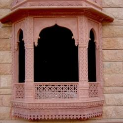 Jodhpur Sandstone Artistic Work with Red Sandstone Heritage Look