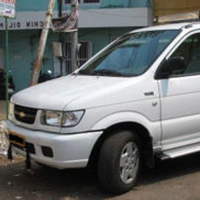 Tavera AC-8 + 1 Seater