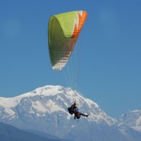 Tandem Paragliding Joy Ride and Training in Pooja Colony