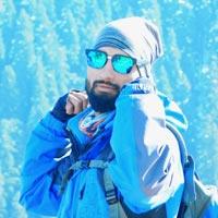 Yasir Khan / Guide