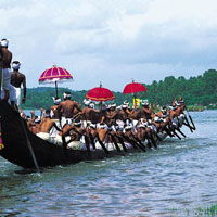 Kerala Tour,Holidays in Kerala,Kerala Tour Packages,Munnar & Cochin Tour,Kerala India Tour Packa