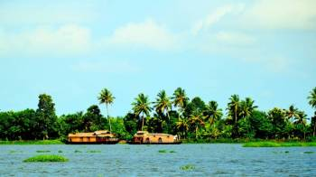 Why Should You Explore Kumarakom Packages From Mumbai ?